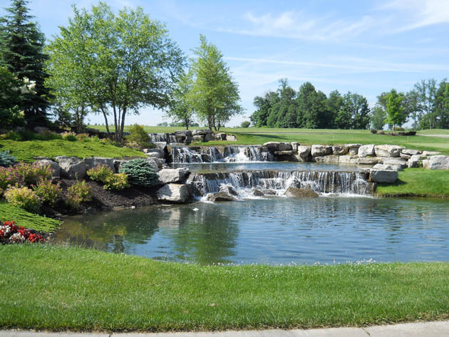 The Fairways at River's Glen - Hamilton Township, OH New Homes - Entrance